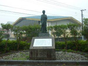 原マルチノ像